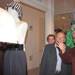 R. Capucci illustra i suoi abiti