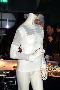Adam Whinton giacca antiaggressiore coutesy Moda e Tecnologia 2006