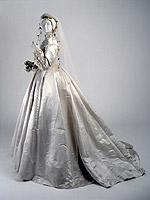 abito da sposa vittoriano