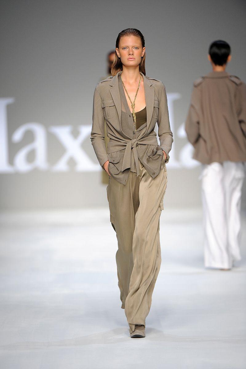 IMORE - Il classico di Max Mara e il trendy di Sportmax 0285d3fd82c