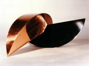Gabriella Crespi - Lune incrociate,rame e acciaio,1970