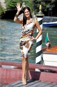 Manuela Arcuri in BM SS2011 - Venezia 01set2011