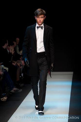 IMORE - Gentleman in abito da sera ccf0b769c32