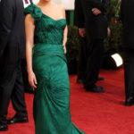 La Kunis in Vera Wang ai Golden Globes 2011