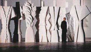 White Totem di Flavio Lucchini