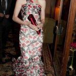 La Hathaway in Oscar de la Renta nel 2010