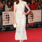 La Hathaway in Alexander McQueen nel 2011
