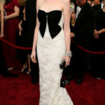La Hathaway in Valentino agli Oscar 2007