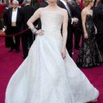 Amanda Seyfried in Armani Privè agli Oscar 2010