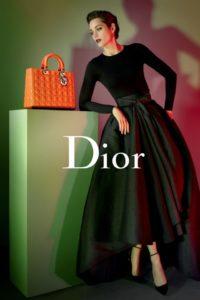 """La Cotillard nella pubblicità del 2013 della borsa """"Lady Dior"""""""