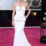 La Theron in Dior couture agli Oscar 2013