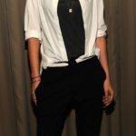 La Stewart con camicia di Balenciaga e pantaloni di A.L.C. nel 2012