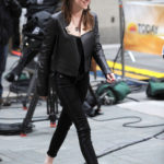 La Stewart con giacca di Belstaff e jeans di Hudson nel 2012