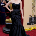 La Stewart in Monique Lhuillier agli Oscar 2010