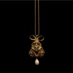 ANONYMOUS-Necklace with Pendant and Pearl