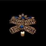 MARIE ANTOINETTE-Brooch with Sapphire