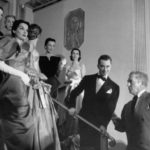 Modelle con Charles James