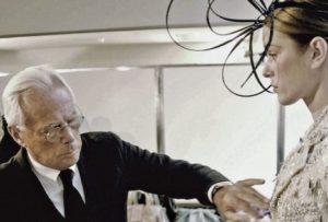 Giorgio Armani al lavoro