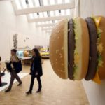 """Il """"big big Mac"""" di Tom Friedman"""