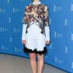 Lily James in Mary Katrantzou al Festival del Cinema di Berlino