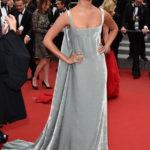 Alicia Vikander in Valentino Couture al Festival di Cannes nel 2015