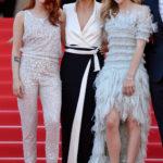 Chloe Grace Moretz & Kristen Stewart In Chanel Couture con Juliette Binoche - Premiere - 2014 Cannes Film Festival