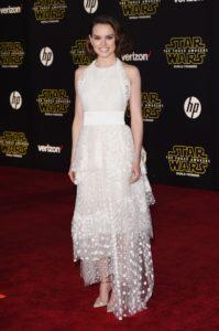 Daisy Ridley In Chloé - 'Star Wars: Il risveglio della Forza' premiere di Los Angeles
