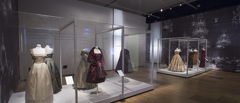 V&A Museum Mostra The Glamour of Italian Fashion 1945-2014 courtesy V&A Museum