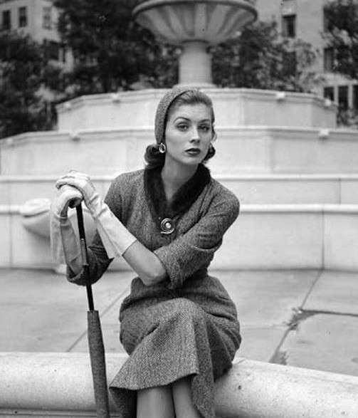 Conosciuto IMORE - Gli anni 40': la moda razionata ZN99