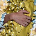 Pochette Miu Miu giallo oro