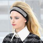 Chanelarella Style-fascia street style con placchette metalliche