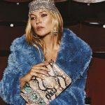 Kate Moss per Miu Miu - Lussuoso azzurro pavone