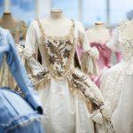 "Maria Antonietta ""I costumi di una Regina da Oscar"" Museo del Tessuto dMaria Antonietta ""I costumi di una Regina da Oscar"" Museo del Tessuto di Pratoi Prato"