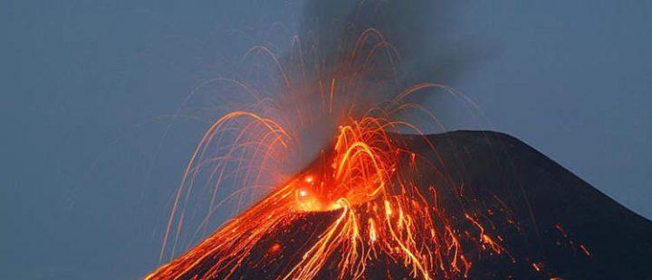 Stromboli eruzione del vulcano