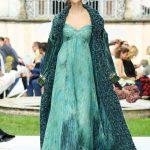 Curiel Haute Couture A/I 18-19-Abito chiffon plissé acqua turchese e lapislazzuli courtesy Curiel