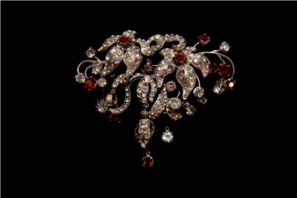 """Jewel House Gioiello per """" L'Iinnocente"""""""