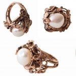Anelli in bronzo e perle - ©Giulia Colussi