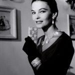 Modella Joe Patterson- abito in raso-Gioielli Buccellati-1954 courtesy Archivio Ferdinandi