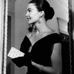 Modella Joe Patterson- abito in velluto-Gioielli Buccellati-1954 Courtesy Archivio Ferdinandi