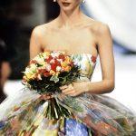 Christy Turlington – Jardin aux roses, Parigi 1992